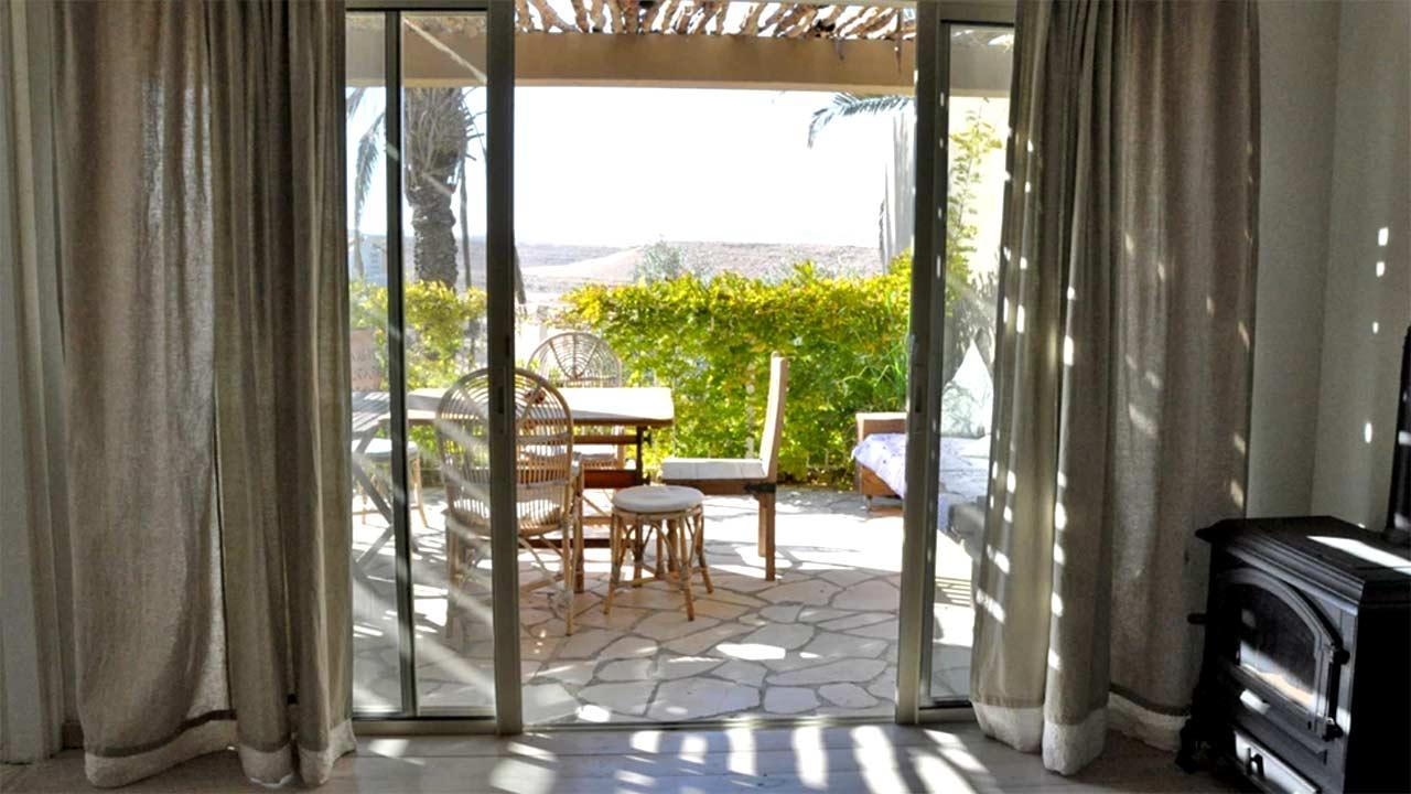 בית במדבר - צימר עם נוף במצפה רמון
