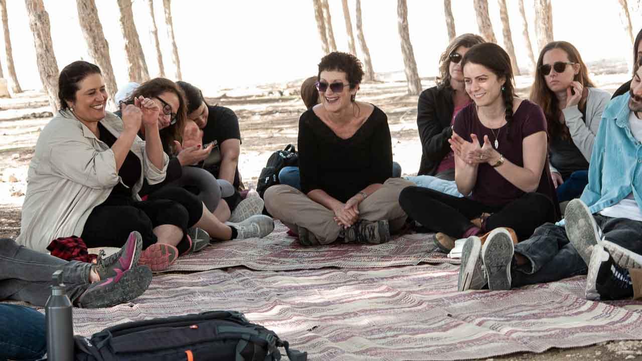 סדנאות מיינדפולנס במצפה רמון - זיו סגל