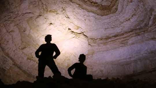 מערות באזור מצפה רמון - יש דבר כזה